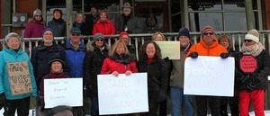 <b>Community Members of McNab Braeside</b>